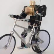 自転車に乗る二足歩行ロボット(KHR-3HV)